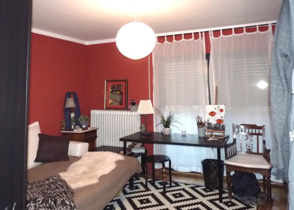 Blick ins tolle Wohnzimmer in Tuchenbach class=