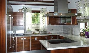 Top moderne Traumküche, Marmor, Stahl und Holz